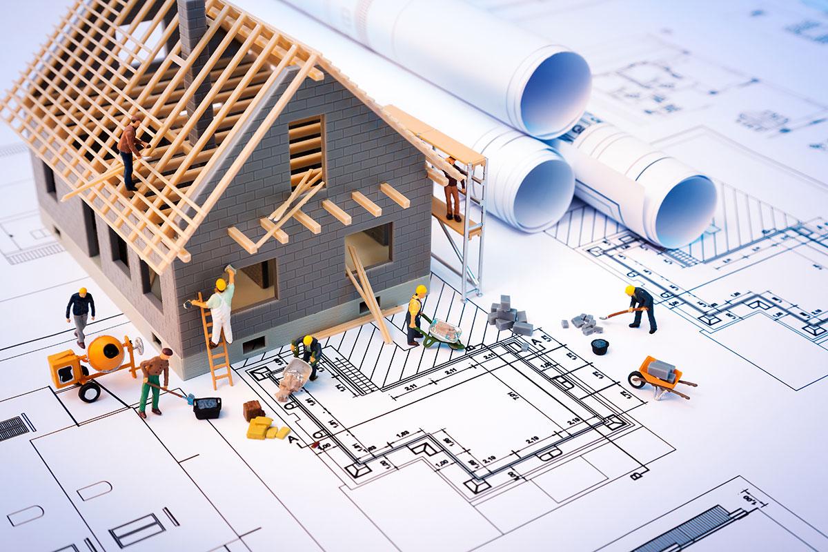 Constructeur de maison ou architecte