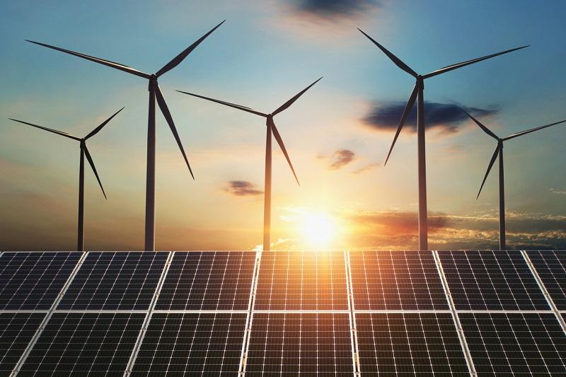 éolienne panneaux solaires